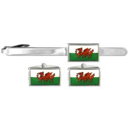 Welsh Dragon Flag Cufflink and Tie Slide Set A Great High Quality Product