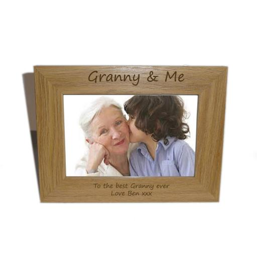 Granny & Me Wooden Photo frame 6 x 4 - Personalise this frame - Free Engraving - Please email glamgifts50@yahoo co uk