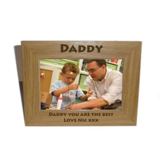 Daddy Wooden Photo frame 6 x 4 - Personalise this frame - Free Engraving - Please email glamgifts50@yahoo co uk